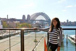 Tarryn in front of the Sydney Harbour Bridge